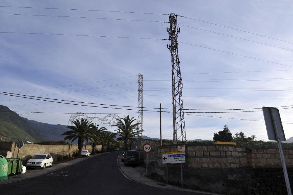 Exigen la retirada de las torretas instaladas en El Rincón en 1995